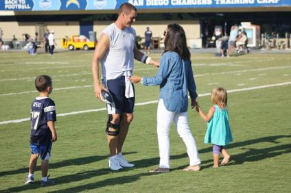 Tiffany-and-Philip-Rivers-6-pic1_MTYwMzc0MzI0NDUxMTU3OTU2