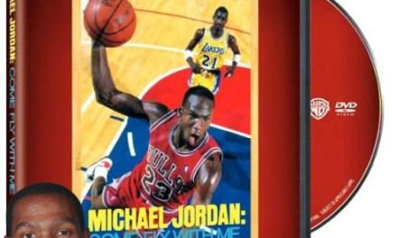 Kevin Durant Makes his Guests Watch Michael Jordan Highlights