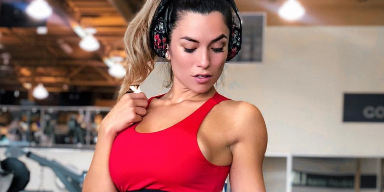 Meet IG Fitness Model Luciana Del Mar, Deontay Wilder Could Play Clubber Lang's Son & Epic Sports Logos