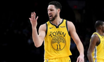 Klay Thompson Tells His Hand He's Missed Him