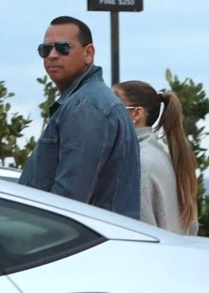 Jennifer Lopez and Alex Rodriguez Take the Kids to Nobu