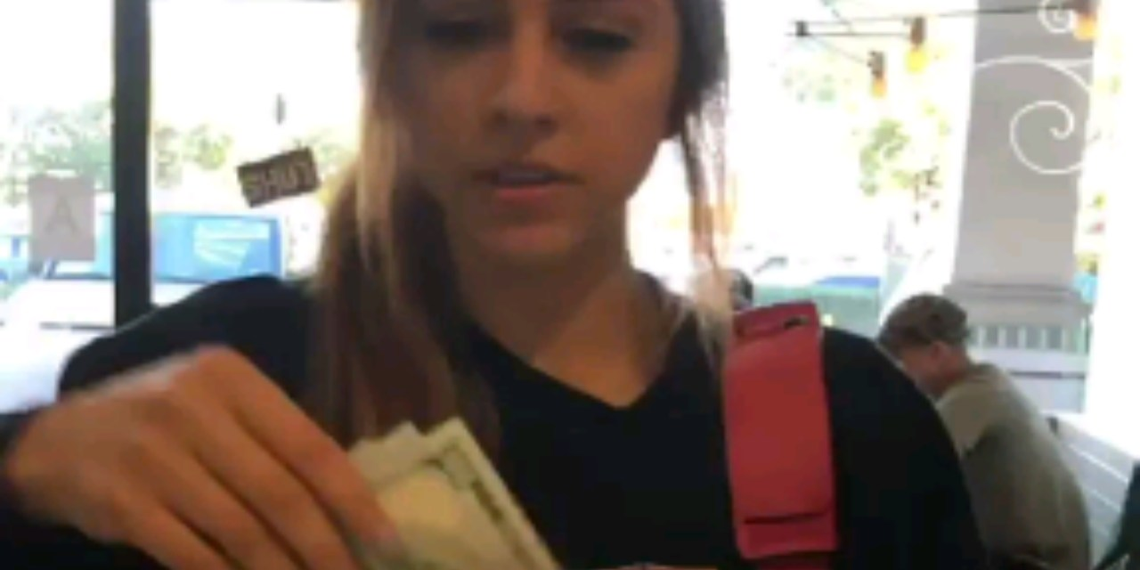 Lonzo Ball's Baby Momma Denise Garcia is a Really Good Tipper