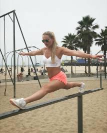 Lindsey-Vonn-beautiful-pictures_MTYxNjk1OTA5MjQyMDg2NzAy