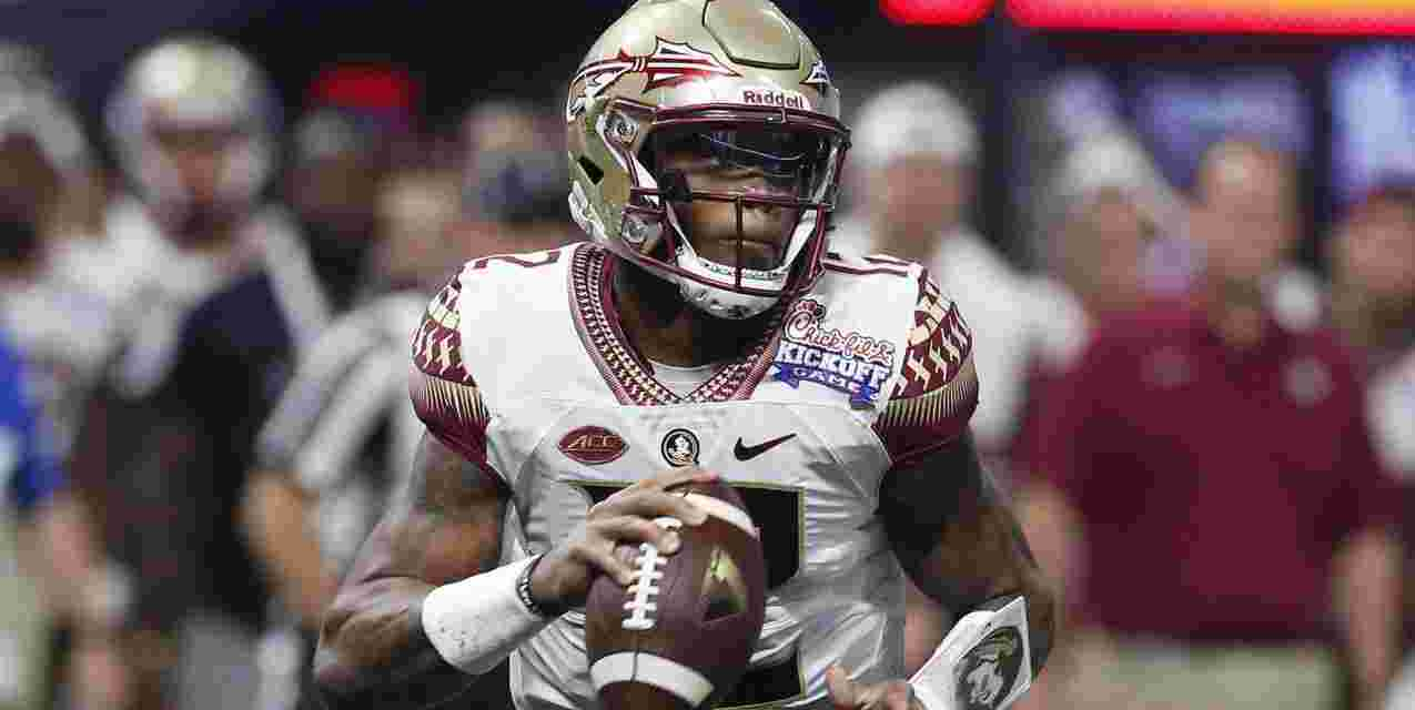 Florida State Dismissed QB Deondre Francois after His Girlfriend Released a Video of Domestic Violence