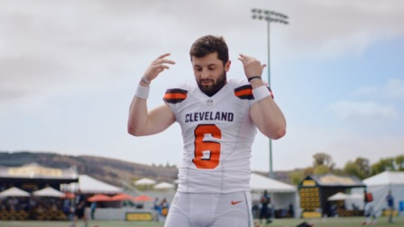 Baker Mayfield and Arian Foster Trade Shots on Twitter