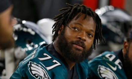 Eagles' Michael Bennett Not About to Take a Pay Cut