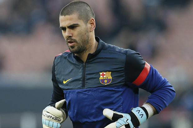 Victor Valdes set to join Manchester United