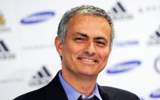 Mourinho says Clubs are chasing me