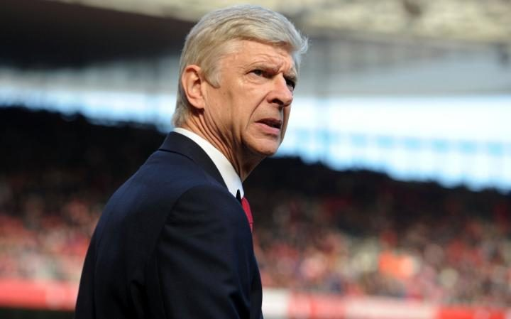 Arsene Wenger is disappointed with the home crowd