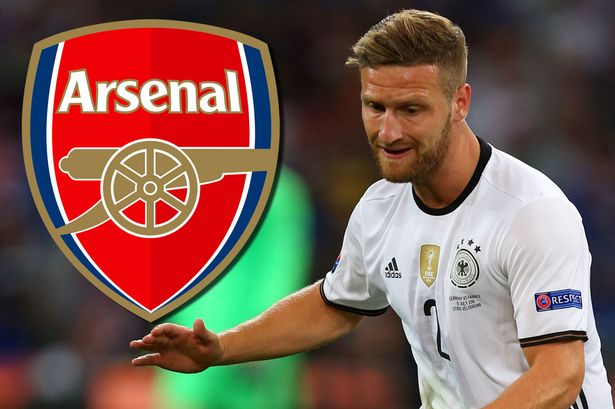 Transfer Rumour: €40m deal for Mustafi by Aresenal