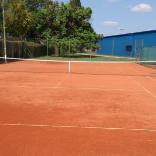 Tenisko-igralište-br.1