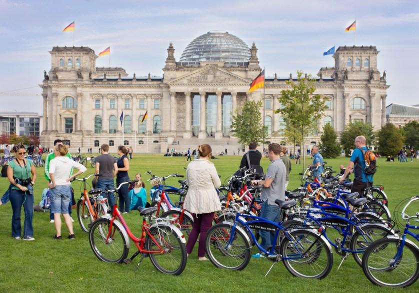 Travel Berlin cycling