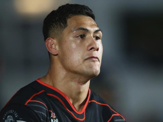 Tuivasa-Sheck signs new Warriors NRL deal | Sports News ...