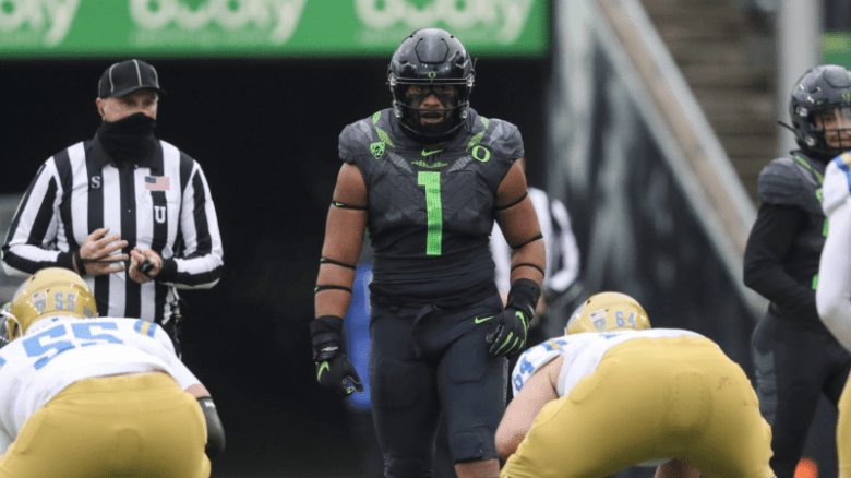Courtney: Improvement for Ducks on Defense Hinges on Health of Noah Sewell  | SportsPac12