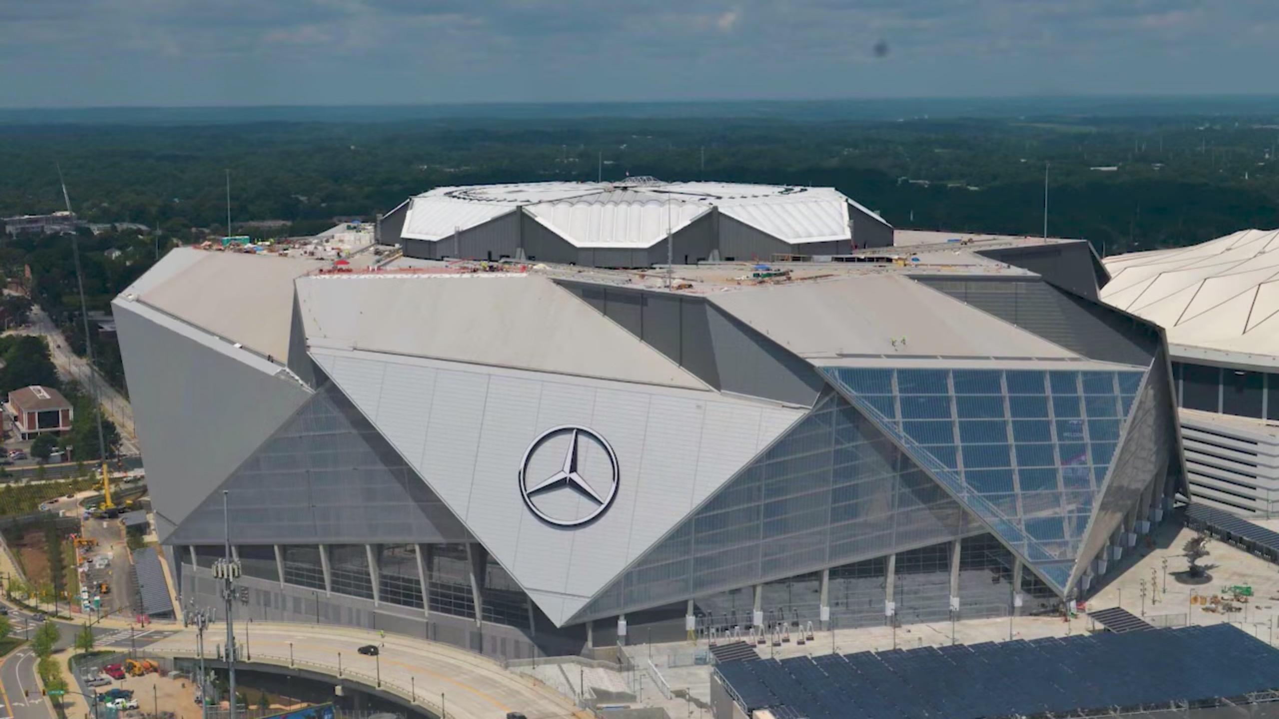 Mercedes_Benz_Stadium_time_lapse_capture_2017-08-13