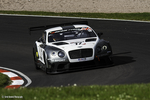 Bugatti vs Bentley - Sports Car Racing1