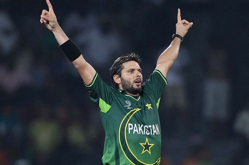 Best Bowling Figures in ODI Cricket History - Top 10