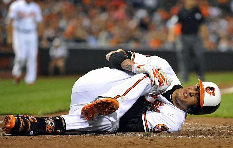 Knee Injuries baseball
