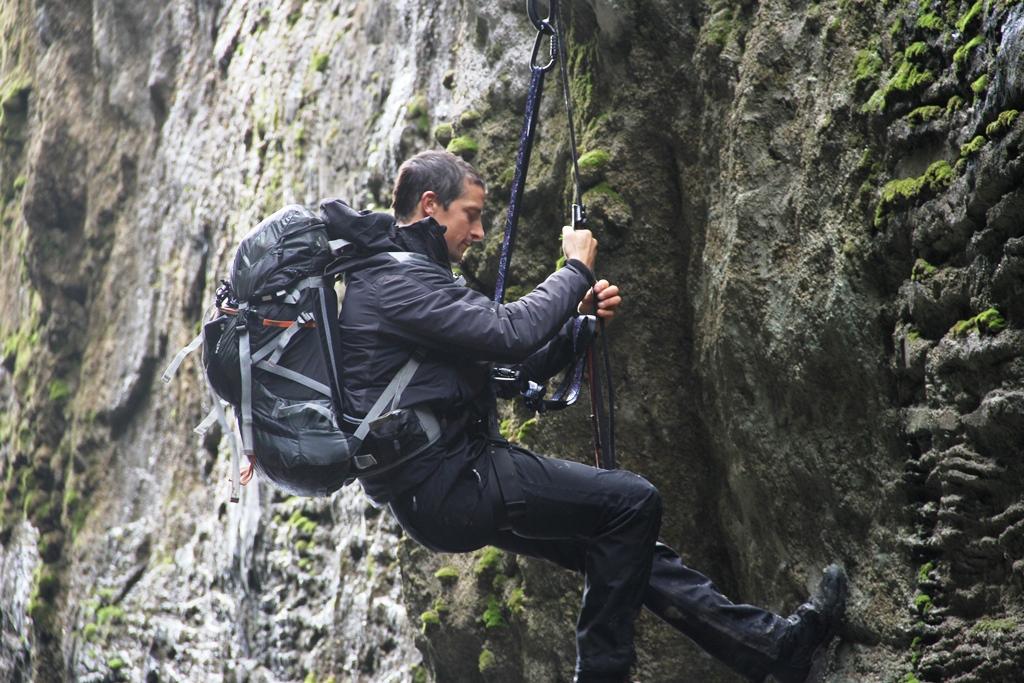 Bear Grylls - Episode: Ben Stiller
