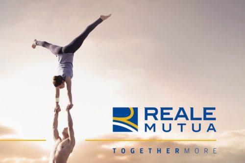reale-mutua-alzi-la-mano-chi-together-more-imc-e1458323728419