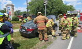 Two-car accident on Route 9W in front of the Cumberland Farms store Tuesday, July 5. Tom Heffernan Sr./Special to the Spotlight
