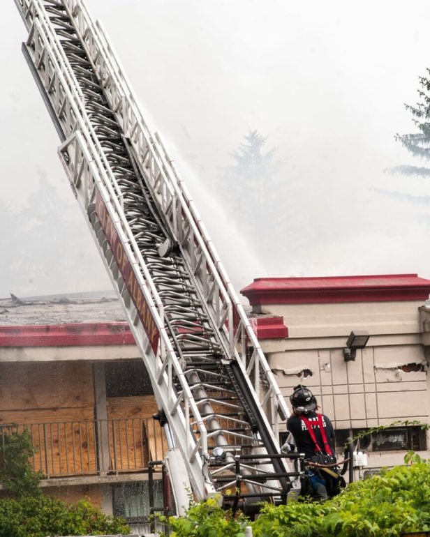 07-06-17 hojo fire-3394