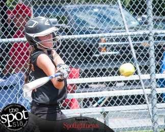 softball-4472
