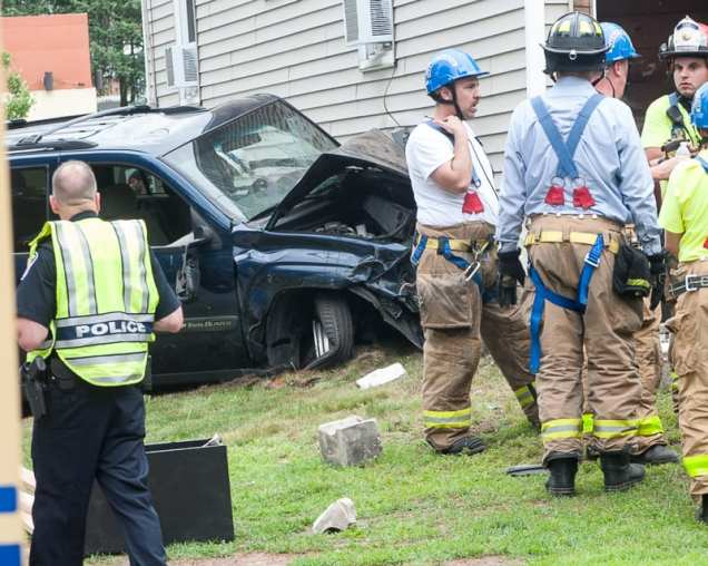 col car crash-3944