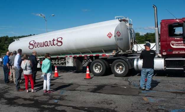 Truck easily navigates simulated Fuller Road Stewart's Shop parking lot (w/video)