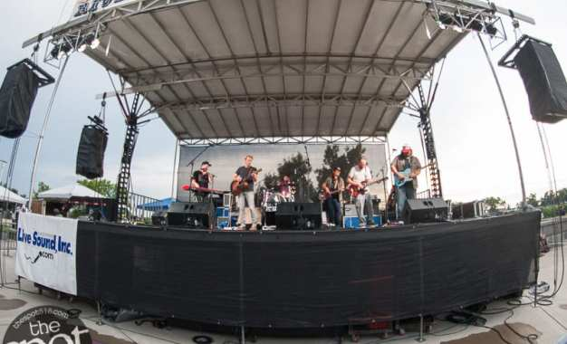 SPOTTED: Rockin' on the River featuring The Mallett Brothers and The North & South Dakotas