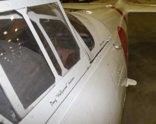 old airplane web-5962