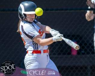 beth-shaker softball-2546
