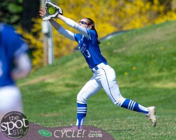 beth-shaker softball-2628