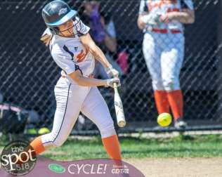 beth-shaker softball-2814