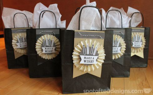 Decorate plain giftbags with your own crafted accessories | spotofteadesigns.com