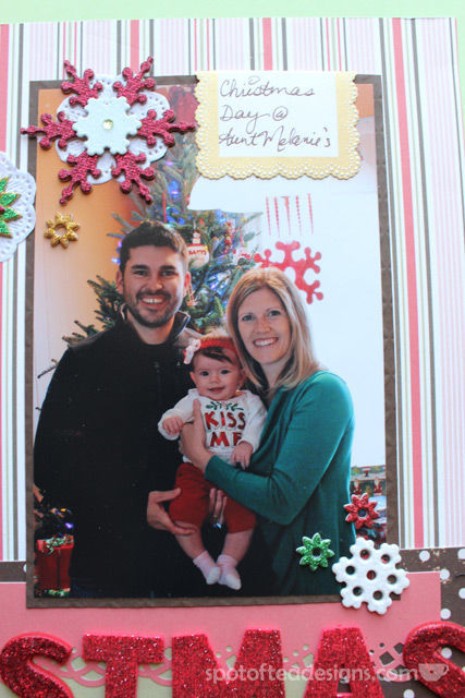 Baby's First Christmas Two Page layout: family portrait | Spotofteadesigns.com
