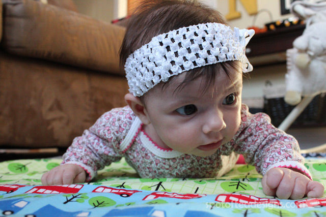 Brielle tummy time 10 weeks | spotofteadesigns.com