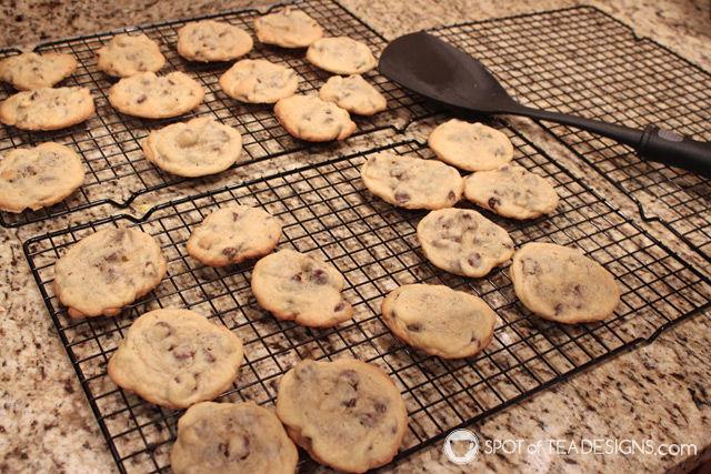 Favorite Baking Items: Cooling Racks   spotofteadesigns.com