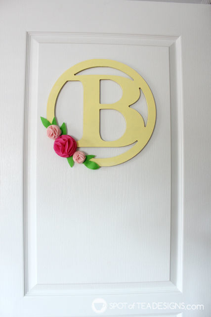 Bedroom Door Hangers featuring an easy felt flower accent and @decoart_inc Americana paints | spotofteadesigns.com