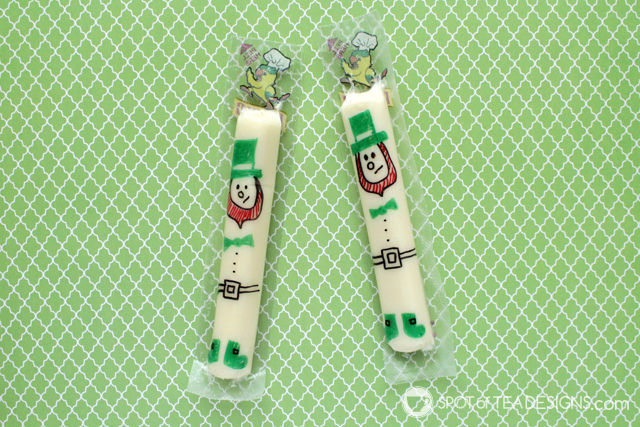 Cute string cheese snack ideas for school lunches and holiday parties - st patricks day lephrechauns   spotofteadesigns.com