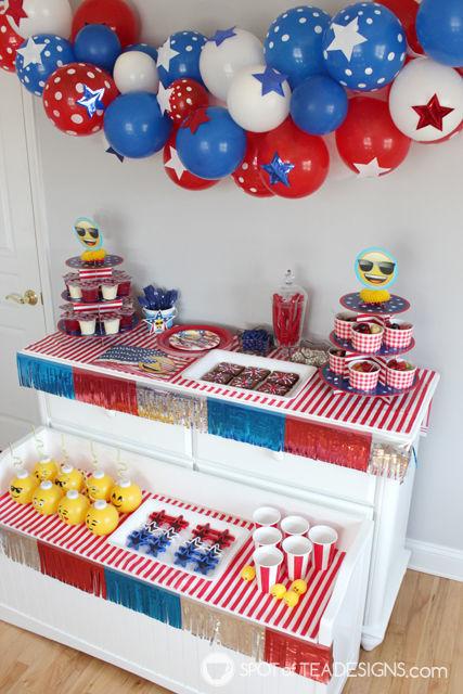 Patriotic Emoji Party styled by Spotofteadesigns for @Wpartysupplies   spotofteadesigns.com