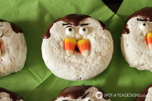 Cute Halloween Food ideas for Kids - dracula donuts | spotofteadesigns.com