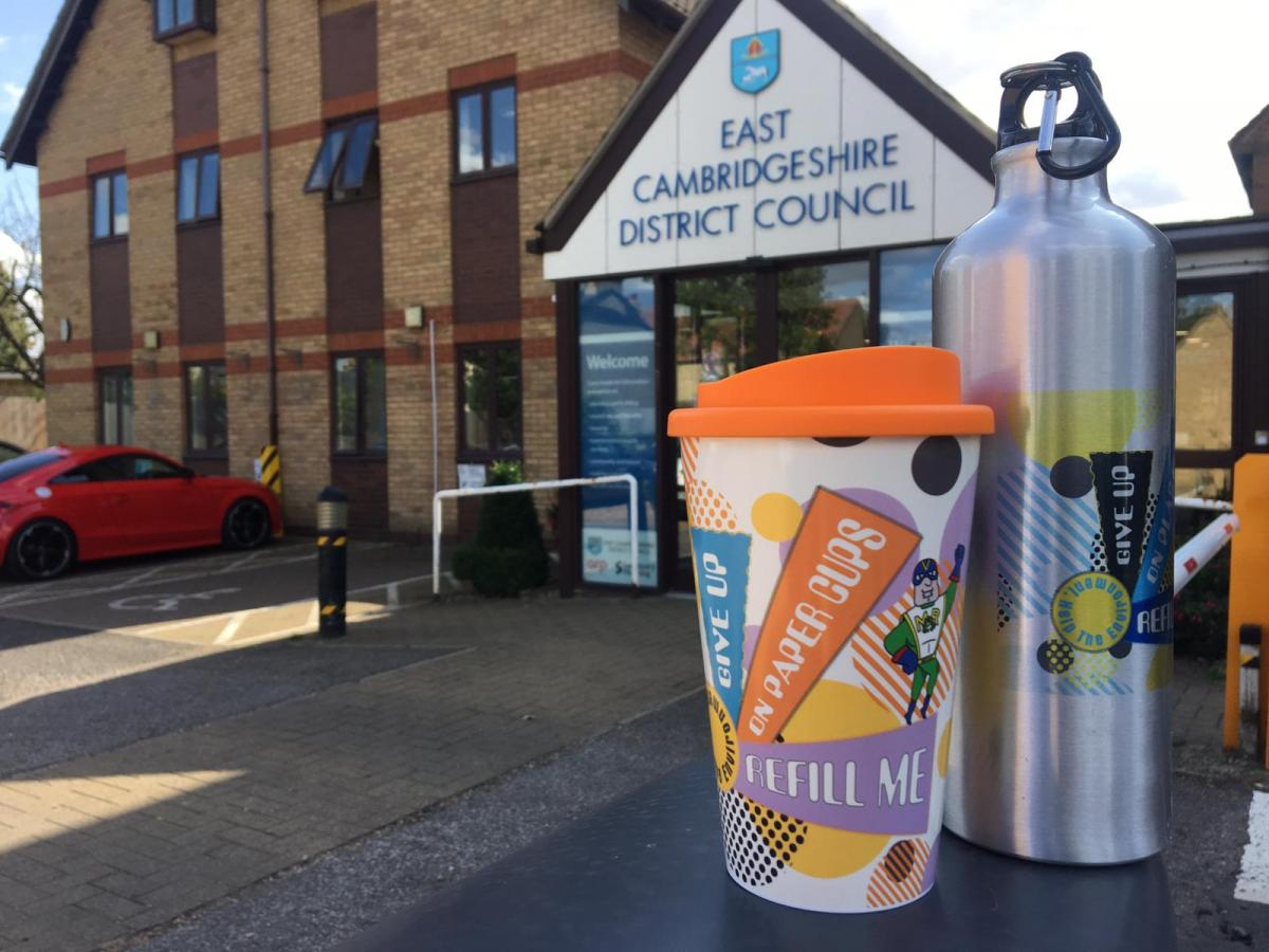 Reusable bottles and coffee cups for all at the council