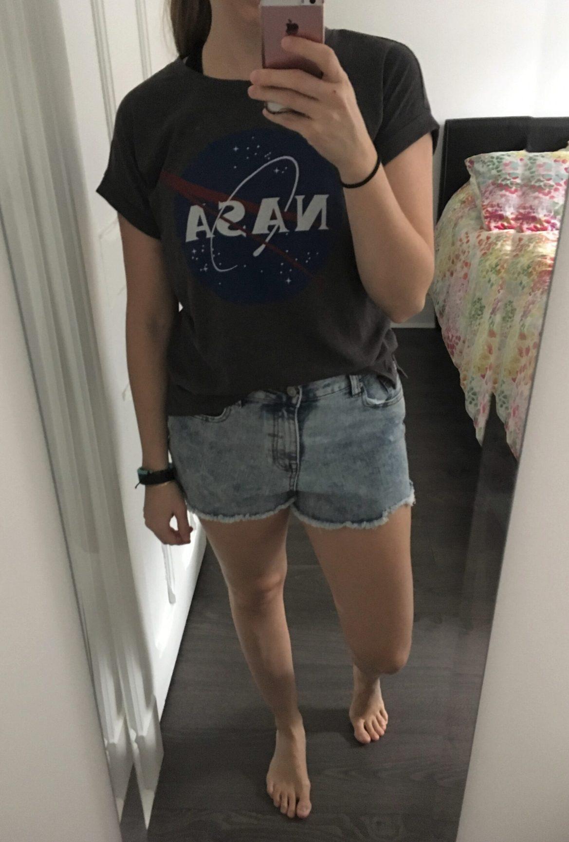 T-shirt NASA, 6,95$ et shorts coupées, 6,95$