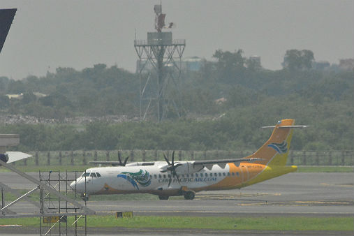 Cebu Pacific plane lands safely with one engine broken