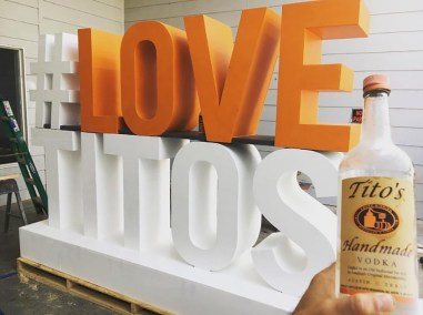 INTEGRATION_LOVE_TITOS