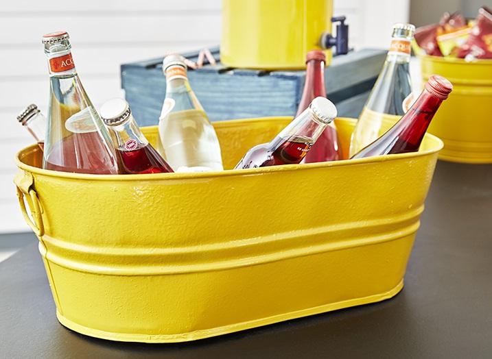 Rust-Oleum-Spray-Painted-Beverage-Tub-Hard-Hat