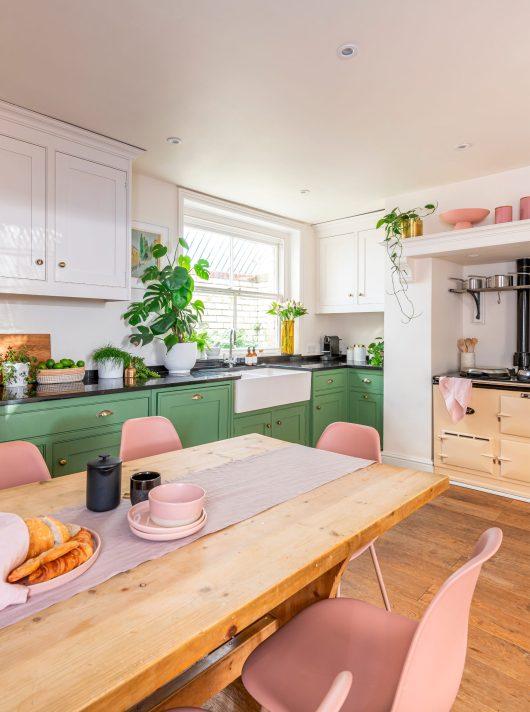 Rust-Oleum-Kitchen-Cupboard-Paint-All-Green-Lifestyle
