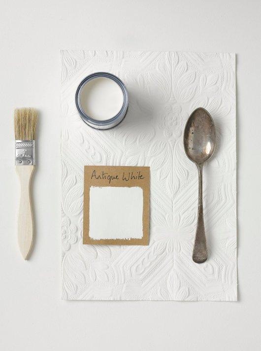 Rust-Oleum Chalky Floor Paint Antique White Matt 2.5L 2