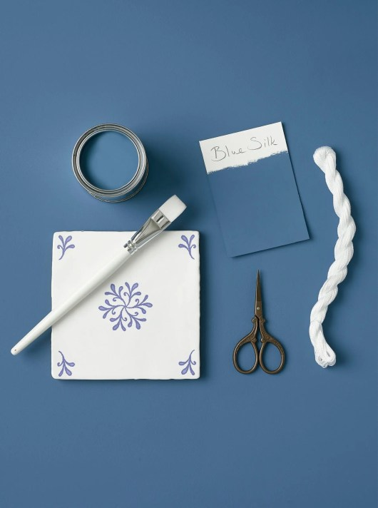 Rust-Oleum Chalky Floor Paint Blue Silk Matt 2.5L 2
